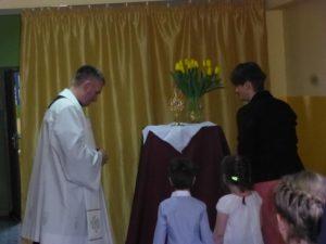 Relikwie świętego Dominika w szkole jego imienia